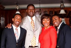 Dr. Kerwin B. Lee Family Photo
